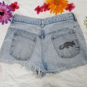 Vintage Armadillo high-waist jean shorts. Size S